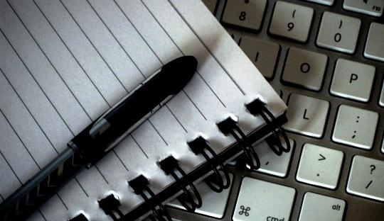 Menulis dari Dekat (Se)Sekali: Kelas Menulis Bersama @Dalipin68