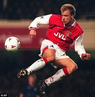 On This Day 1995, Debut Dennis Bergkamp di Arsenal