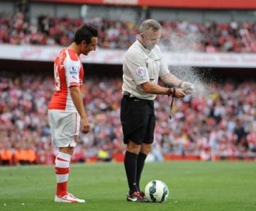 Tiga Hal yang Bisa Membuat Gelak Tawa dalam Pembukaan Liga Inggris