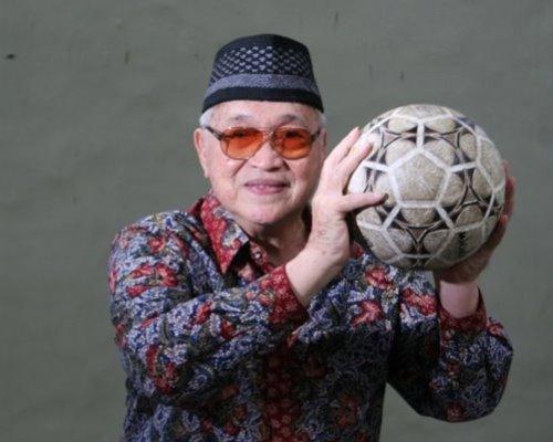 Tiga Tokoh Sepakbola Indonesia yang Angkat Senjata Lawan Belanda