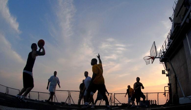 Bagaimana Cara Agar Basket Bisa Menyaingi Sepakbola?