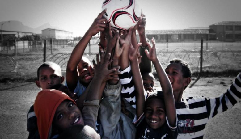 Sepakbola untuk Bumi