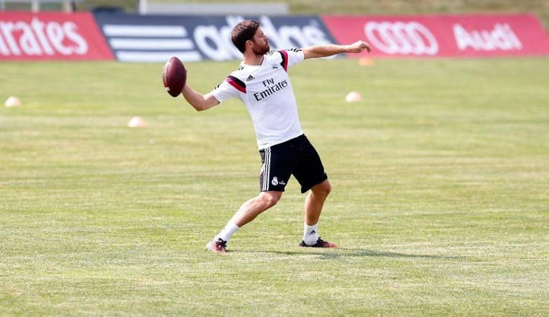 Mengunci Peran Quarterback Xabi Alonso
