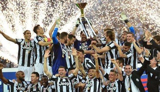Tentang Juventus, Calciopoli, dan Wajah Buruk Sepakbola Italia