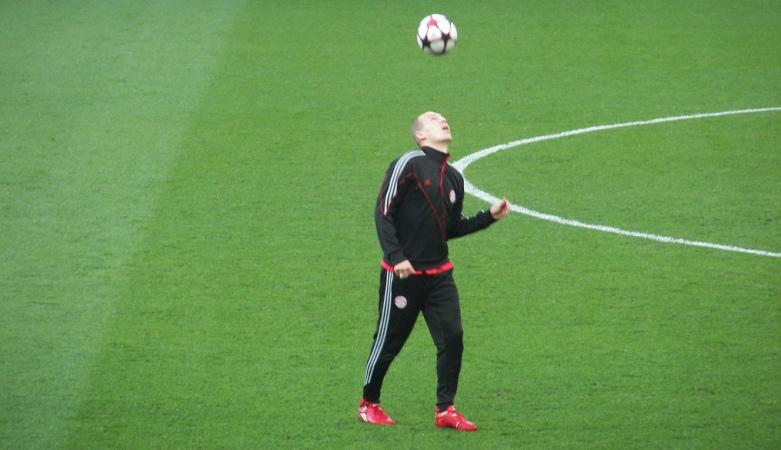 Dua Orang yang Berjasa dalam Karier Arjen Robben