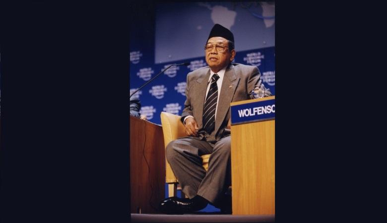 Presiden dan Sepakbola Indonesia (6): Gus Dur dan Analisa Sepakbola