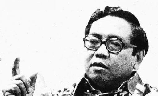 Presiden dan Sepakbola Indonesia (5): Strategi Gerendel Kabinet Gus Dur
