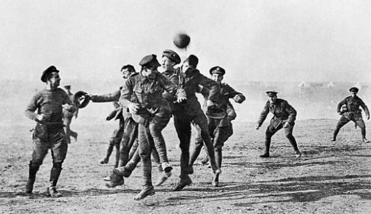 Sepakbola pada Perang Dunia Pertama