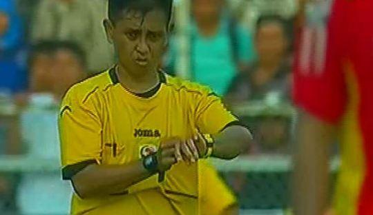 Tepatkah Tambahan Waktu 2 Menit di Laga Semen Padang vs Arema?
