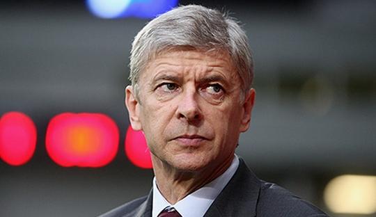 Beranikah Arsene Wenger Memakai Formasi 4-4-2?