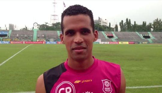 Panic Buying, Persib Kontrak Aron Muniz Teixeira da Silva?