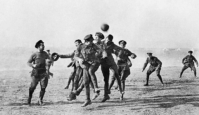 Selingan Indah Sepakbola di Hari Natal dan Perang Dunia