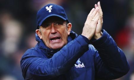 Tony Pulis encourages Crystal Palace