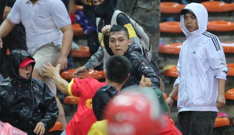 Kekerasan Suporter Malaysia, Tiruan Terburuk dari Film-film Ultras