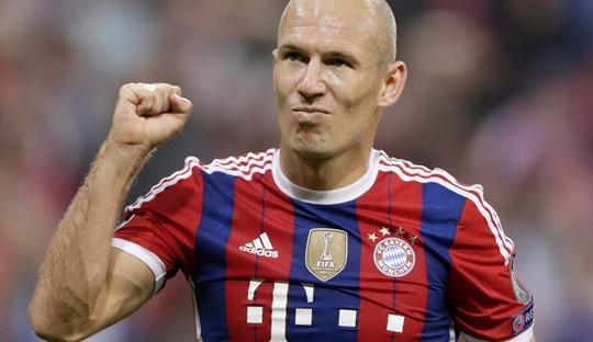 Robben Angkat Derajat dan Rebut Kembali Hak Sepakbola