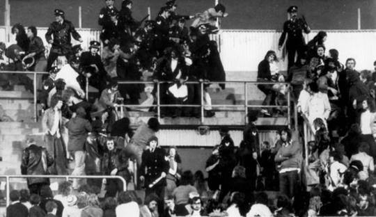 Rekam Jejak Kekerasan SCF, Hooligans Feyenoord