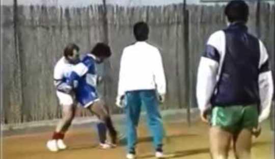 Beginilah Jika Maradona Main Futsal