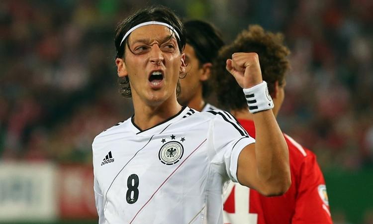 Jalan Panjang (Sepakbola) Jerman Mengatasi Rasisme
