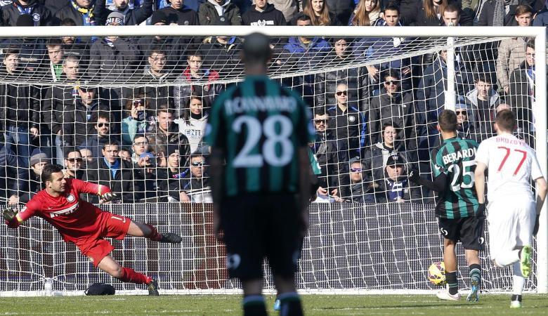 Saat Fans Milan Gunakan Sassuolo untuk Kalahkan Inter