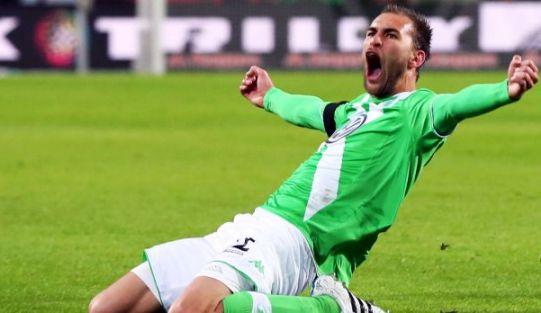 Balas Jasa Bas Dost pada Wolfsburg