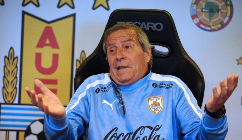 Kisah Panjang Oscar Tabarez dan Perkara PSSI Menentukan Pelatih