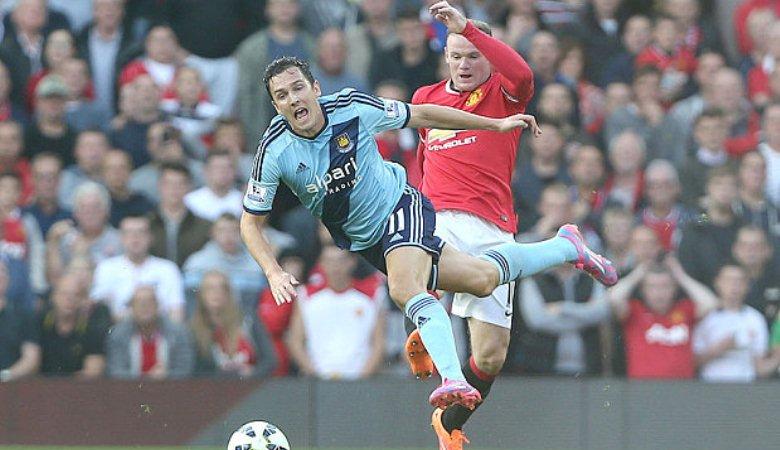 Posisi Rooney dan Sedikit Ingatan Tentang Alan Smith