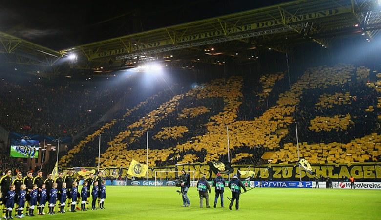 Pentingnya Yellow Wall dan Romantisme Signal Iduna Park Bagi Dortmund