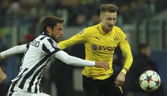 Marchisio Menjadi Pirlo di Signal Iduna Park