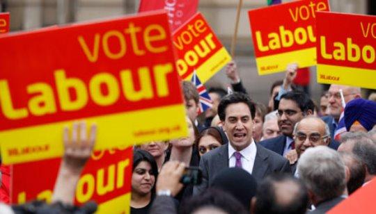 Partai Buruh sebagai Jembatan di Tengah Perseteruan Liverpool vs Manchester