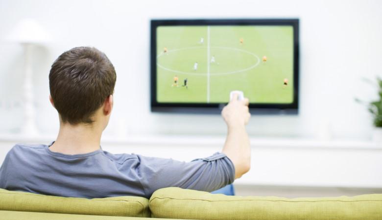 Cerita dan Nasib Para Penggemar Sepakbola Layar Kaca