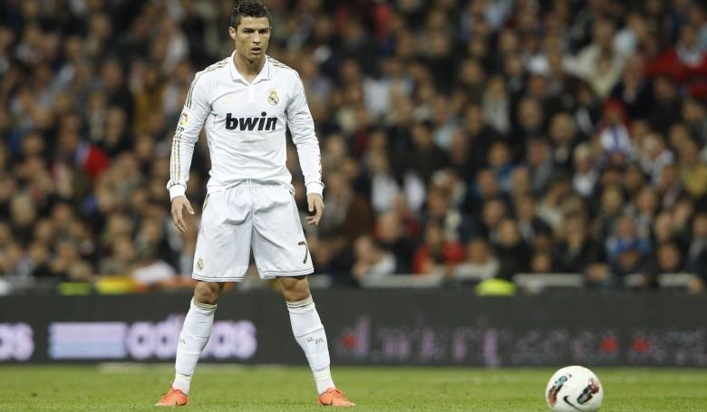 Percuma Saja Tendangan Bebas Diambil Ronaldo