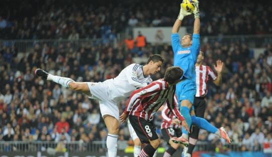 Koordinasi yang Buruk dalam Serangan Real Madrid