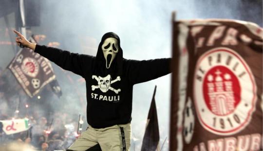 Catatan dari Hamburg: Ultras St. Pauli dan Perseteruannya dengan HSV