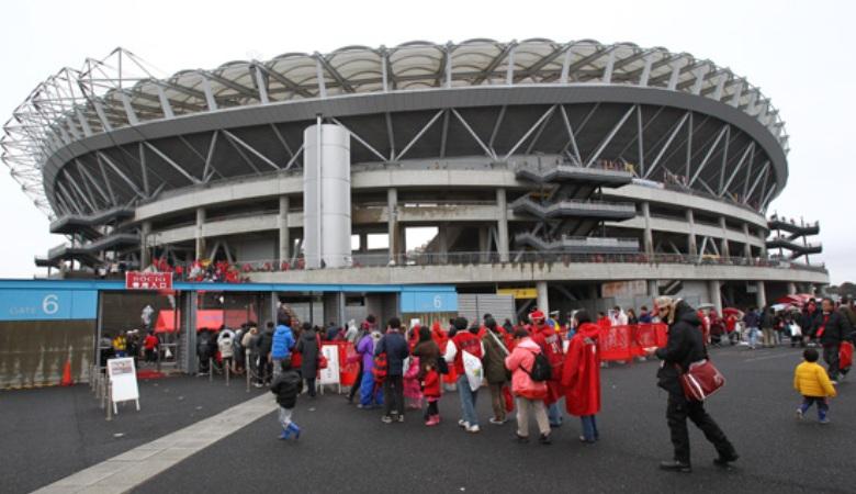 Jalan Panjang dan Berliku Menuju Stadion