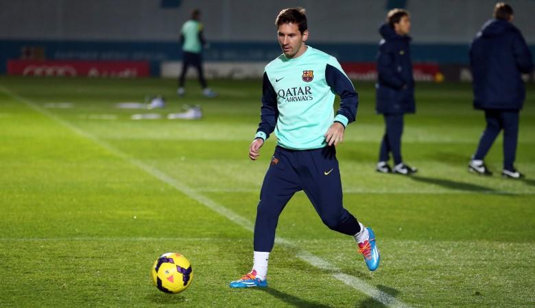 Mewajarkan Kehebatan Messi