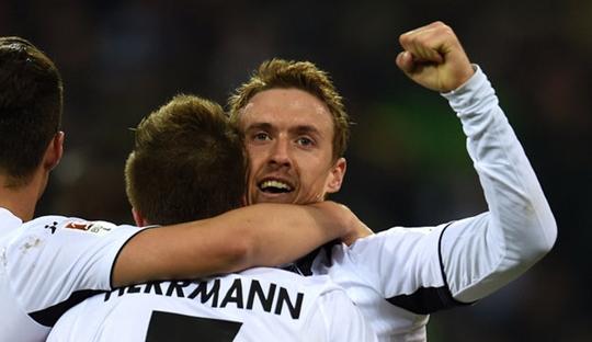 Dua Pahlawan Mönchengladbach Menuju Zona Liga Champions