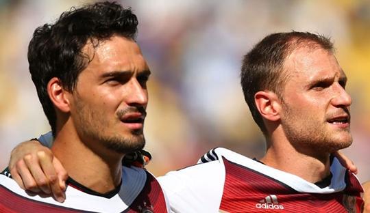 Mungkinkah Hummels dan Höwedes ke Premier League?