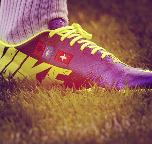 Sepatu Shaqiri