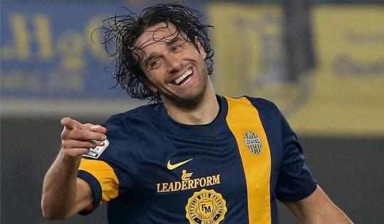 Pengalaman yang Semakin Mempertajam Luca Toni
