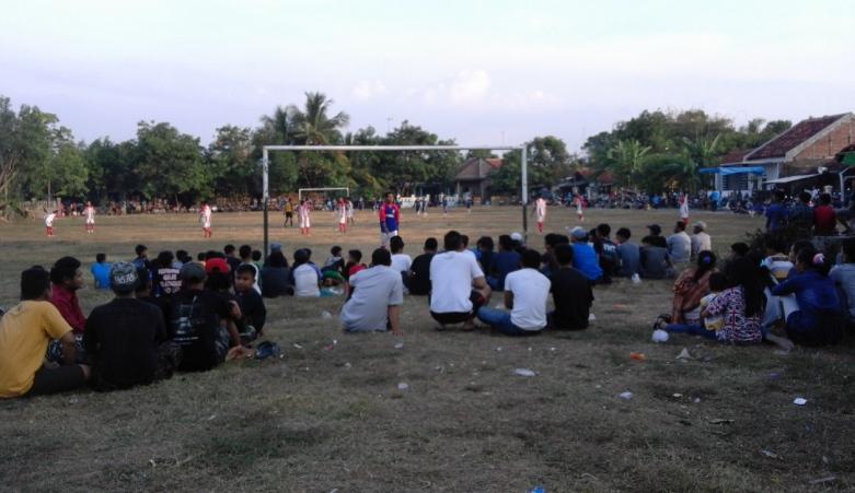 Merayakan Kemuliaan Sepakbola Tradisional