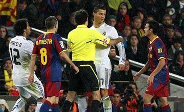 Heh, siapa lu? (sumber: Blaugranas.com)