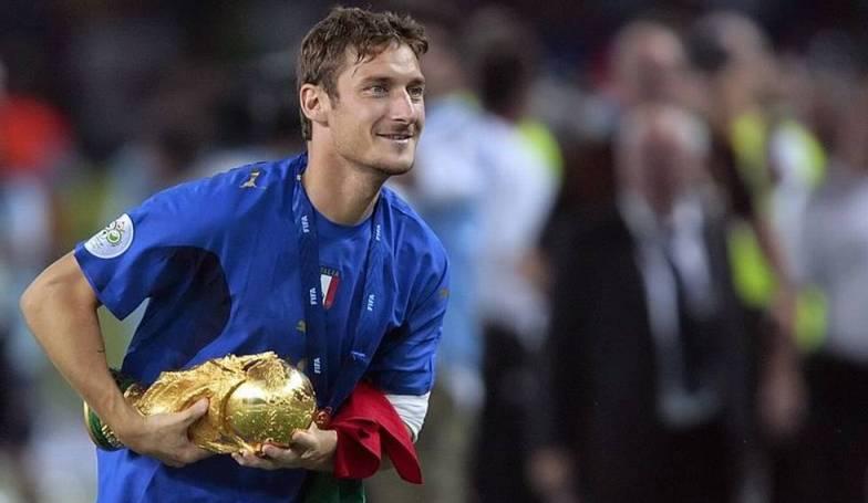 Mengenang Berakhirnya Karir Totti di Timnas Italia