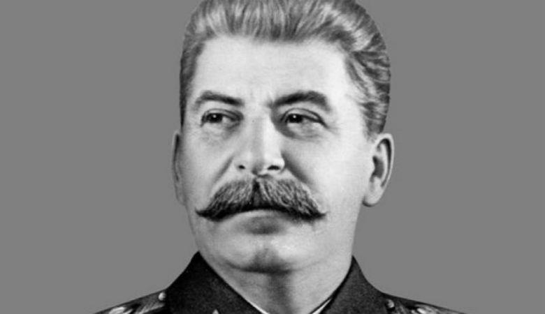 Menemukan Sosok Stalin dalam Van Gaal