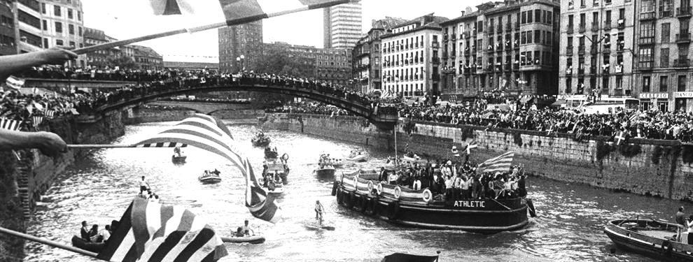 Perayaan La Gabarra dalam jepretan hitam-putih. (sumber: tudeloo.com)