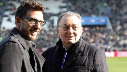 Giorgio Squinzi (kanan) bersama pelatih Sassuolo, Eusibio Di Francesco. (via: gazzetta.it)