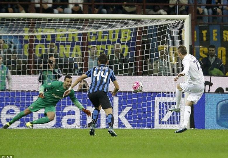 Cara Fiorentina Menghabisi Inter Milan dalam 30 Menit