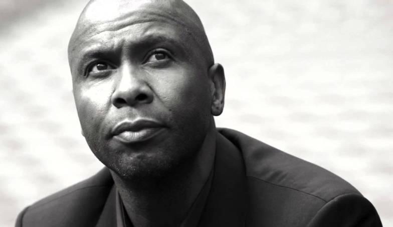 Lucas Radebe: Kepala Suku dari Soweto