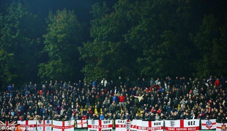 Saling Hina Membuat Suporter Lithuania dengan Inggris Saling Hantam
