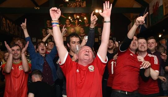 Wales Sudahi Kebiasaan Nyaris Lolos