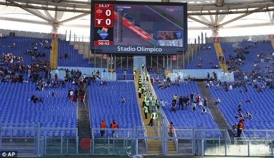 Kebebasan Berekspresi Dibungkam, Ultras Roma dan Lazio Boikot Pertandingan